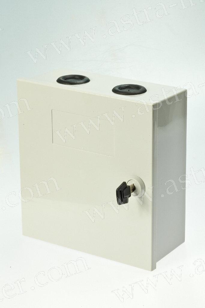 7. Коробка распределительная под установку 5 плинтов тип KRONE. Пластик.