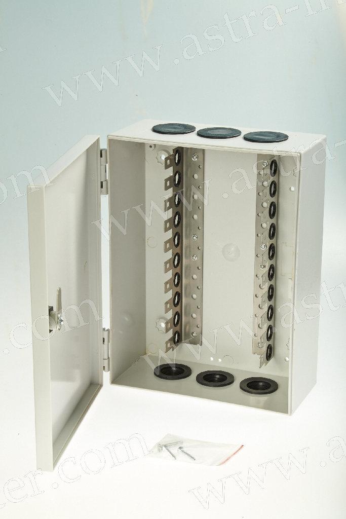 8. Коробка распределительная под установку 10 плинтов тип KRONE. Пластик