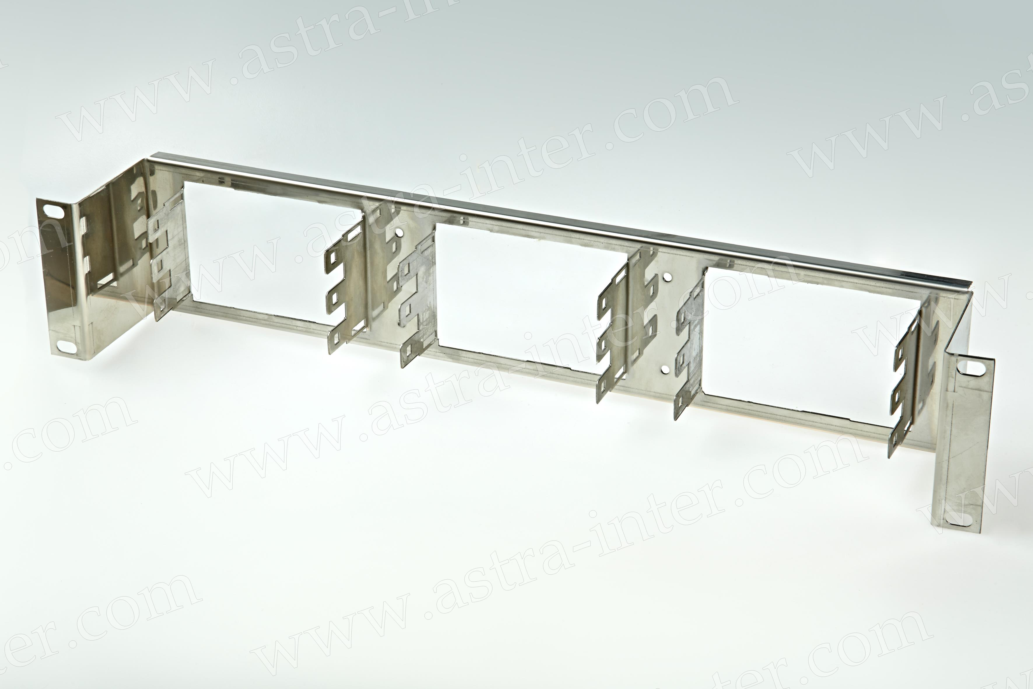 Секция распределительная для горизонтальной установки плинтов LSA PLUS (150 пар)